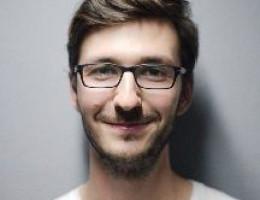 Dolmetscher für Sportveranstaltungen und Verhandlungen - Ilya