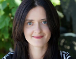 Traducteur médical agréé - Accompagnateur dans des cliniques lors des examens, diagnostics, traitements, accouchements et opérations - Olga