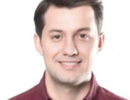 robert deutsch englisch dänisch spanisch türkisch russisch dolmetscher übersetzer Rechtsübersetzer für Notar- und Gerichtstransaktionen - Deutsch, Englisch, Dänisch, Spanisch, Russisch - Denis