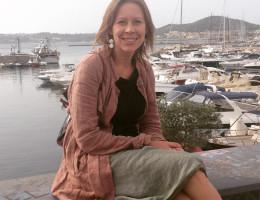 Translator and interpreter in Naples